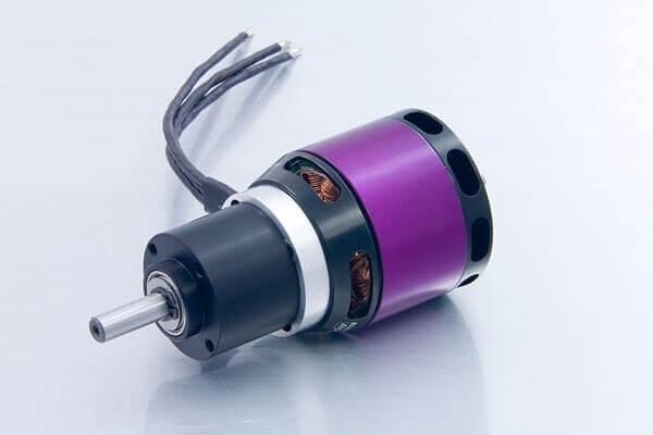 A40-10S V2 8-Pol 1600 kv mit Getriebe 6,7:1 · Brushlessmotor · 5S-6S · Hacker