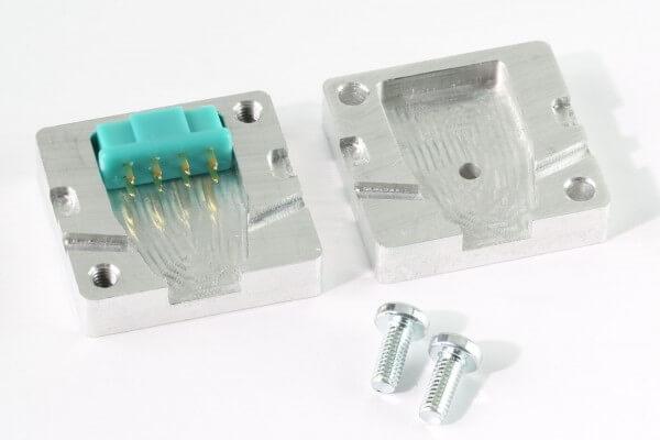 Aluminium Gießform für MPX Stecker und Buchsen 8-Pol · CNC gefräst · Made in Germany