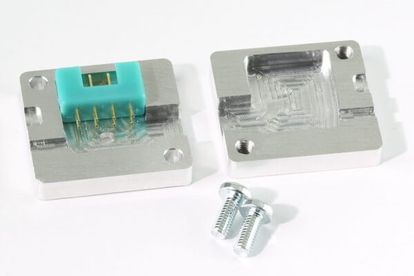 Aluminium Gießform 90° für MPX Stecker und Buchsen 8-Pol · CNC gefräst · Made in Germany